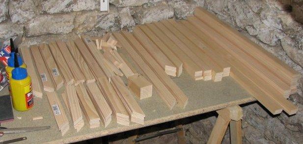 Fabriquer une porte moustiquaire en bois - Faire une porte en bois ...